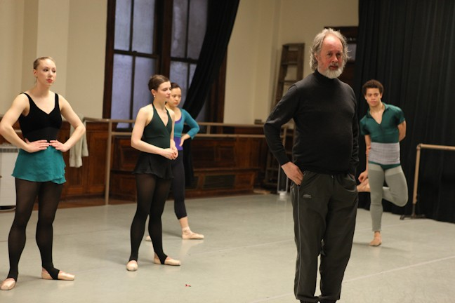 "Richard Alston with members of The New York Theatre Ballet introducing his work ""A Rugged Flourish"" in an open rehearsal."