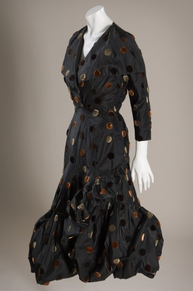 Cristobal Balenciaga, dress, silk taffeta and cut velvet, 1950, France. The Museum at FIT, 86.142.5, photograph © The Museum at FIT.