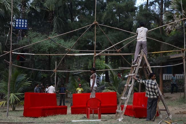 "Preparations on an MTV ""Hip Hop"" music video in Bombay."