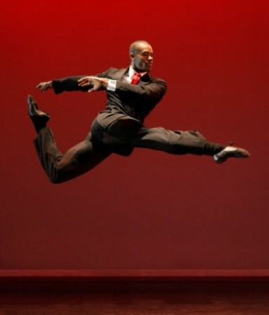 Alvin Ailey American Dance Theater-Photo by Paul Kolnik- The Precedent(President)-AMONG US(PRIVATE SPACES:PUBLIC PLACES)