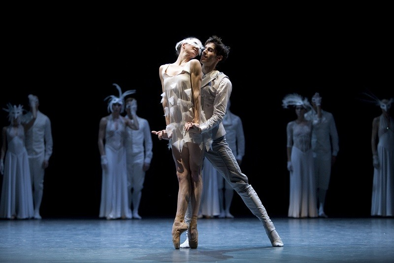 Les Ballets de Monte Carlo in LAC: After Swan Lake