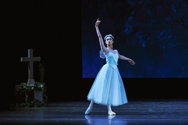 Stella Abrea in Giselle. Photo by Visual Arts Masters.