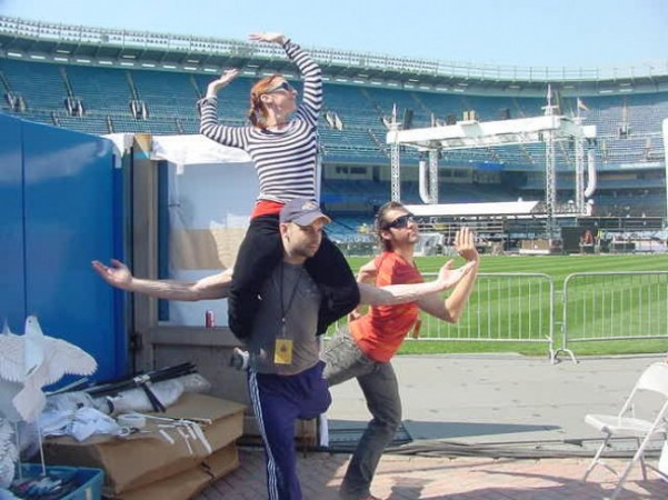 Goofing off before rehearsal with fellow Graham dancers George Smallwood and David Martinez