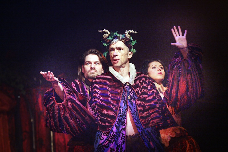 Mat Fraser and Jule Atlas Muz in Beauty and the Beast