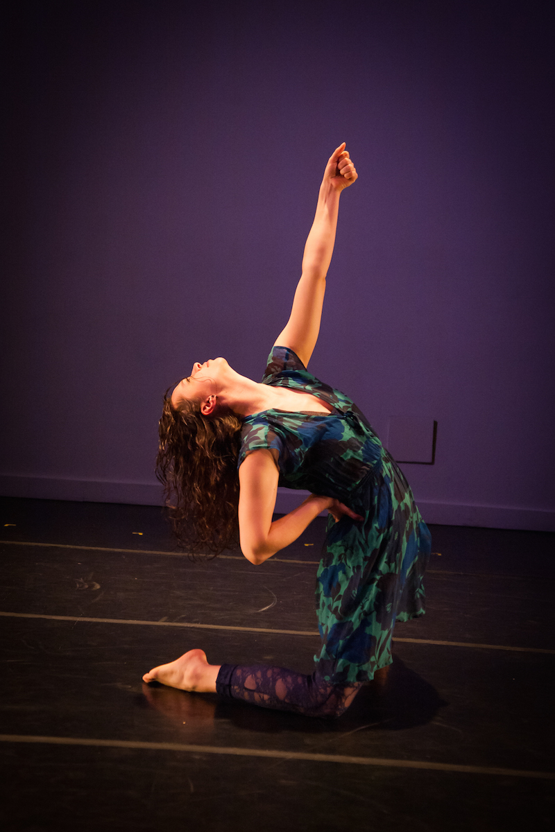 Jen Roit performing in the National Choreographic Month event