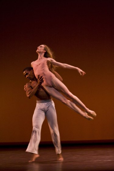 Wendy Whelan and Craig Hall in After the Rain. Photo: Bill Cooper.